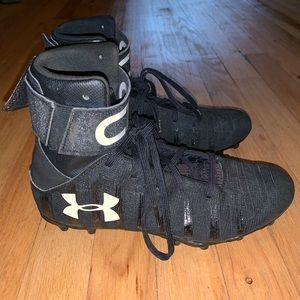 Boy's Under Armour High Top Football Cleats